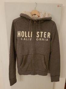 TBE Hoodie Hollister gris avec fourrure S