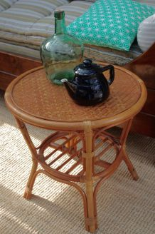 Table d'appoint ronde vintage rotin