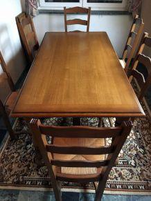 Table à manger avec 6 chaises