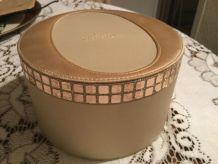 Coffret ou trousse de toilette Chr. Dior