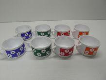 Tasses à fleurs vintage
