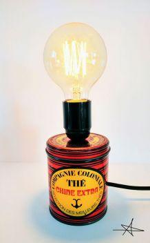"""Lampe à poser """"Rouge et Noir"""""""