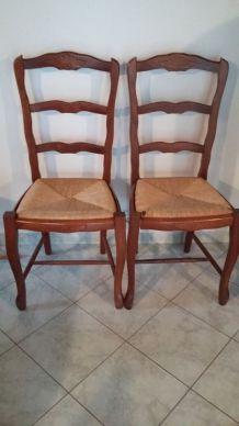 chaises vintage ou d 39 occasion entre particuliers luckyfind. Black Bedroom Furniture Sets. Home Design Ideas