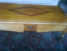 Table salon merisier