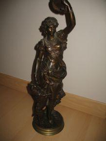 Statue en bronze Esméralda et sa chèvre signé Germain