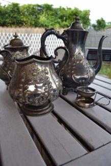 Service à Thé et café en métal argenté
