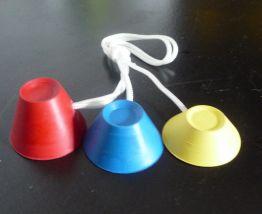 3 Tees caoutchouc de forme pyramidale de 3 tailles différentes pour le départ