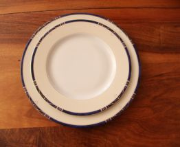 Assiettes Porcelaine de Limoges : 10 grandes assiettes + 10 assiettes à dessert