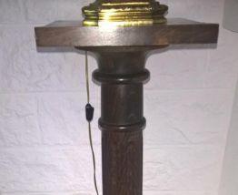 colonne rustique en noyer