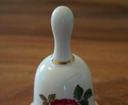 cloche porcelaine Wedgwood Charnwood Bone China