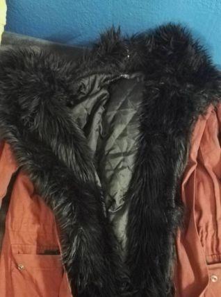 Manteau de fourrure à la mode