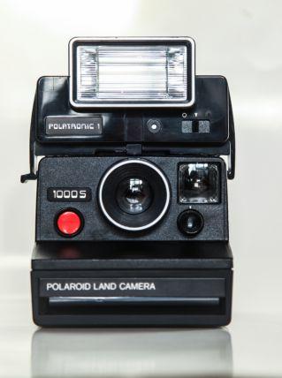 Polaroid 1000 s + flash Polatronic 1  -  90 EUROS