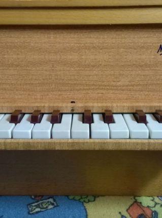 Véritable Piano miniature