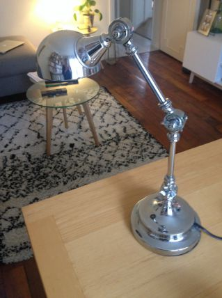 lampe de bureau en métal argenté style industriel