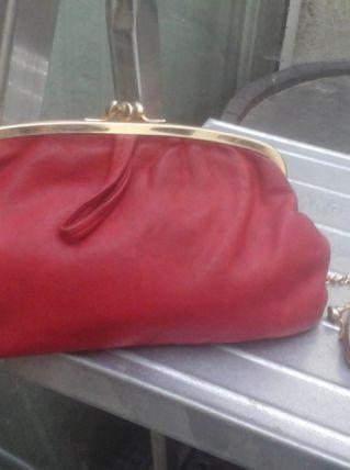 porte monnaie en cuir rouge vintage