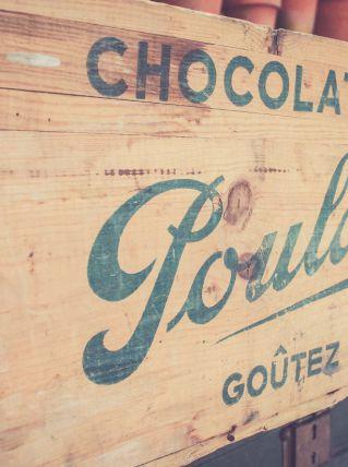 Ancienne caisse Chocolat POULAIN