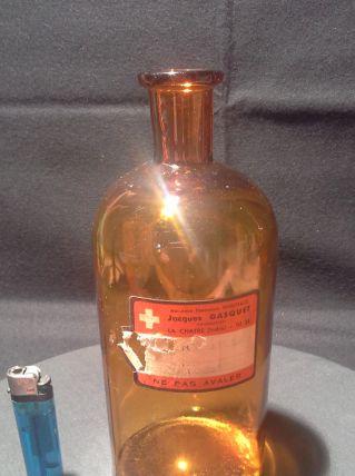 Bouteille de pharmacie vintage 2
