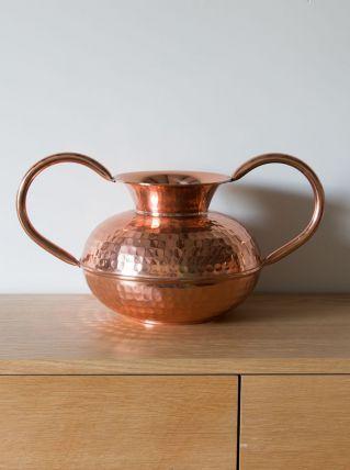 Vase en cuivre