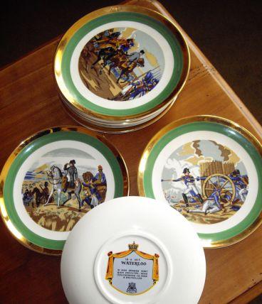 SERVICE à dessert NAPOLEON (Vaisselle de Gien)