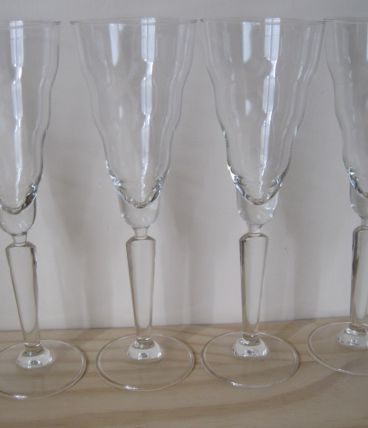 4 coupes à champagne