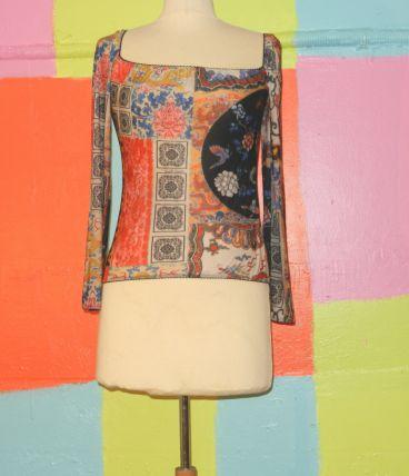 t-shirt manche épaule dénudé motif asiatique T38-40 roberto cavalli