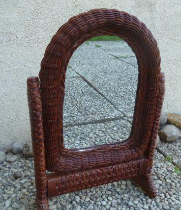 miroir pivotant a poser en rotin
