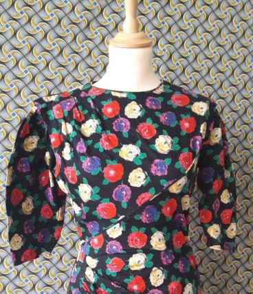 Magnifique robe vintage à fleurs marque Ungaro
