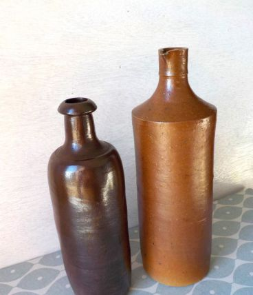 bouteilles en terre cuite verniss e luckyfind. Black Bedroom Furniture Sets. Home Design Ideas