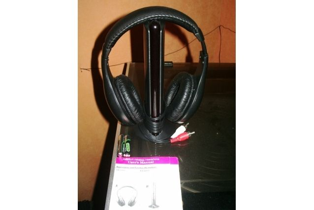Casque audio - FM wireless sans fil rechargeable