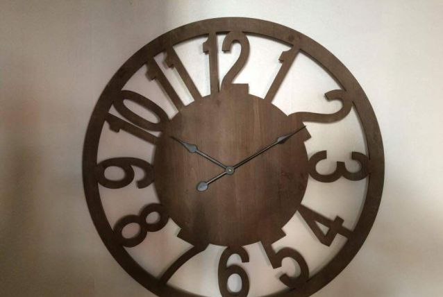 Horloge murale bois Maisons du Monde