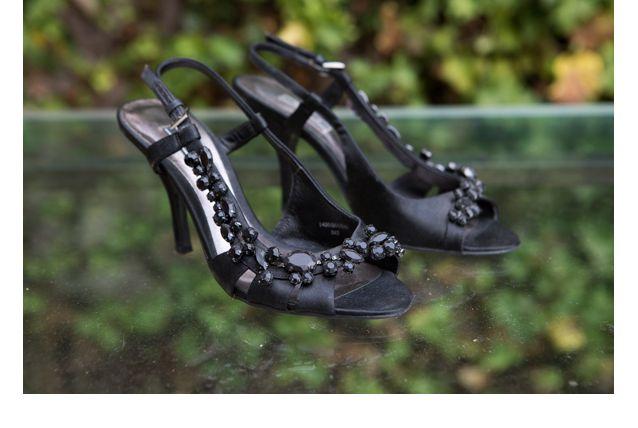 Escarpins noirs ornés de perles