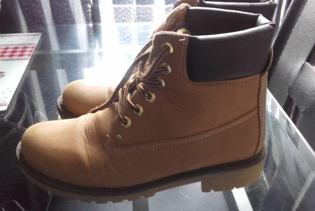 Chaussure imitations Timberland